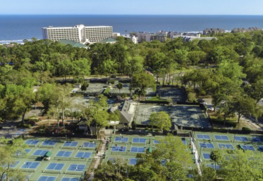 pickleball courts and ocean image